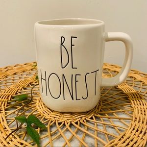 "Rae Dunn by Magenta LL ""BE HONEST"" Mug"